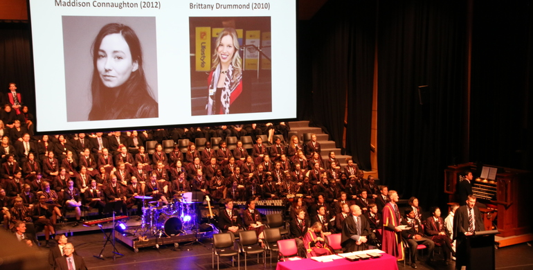 Nominations for Outstanding Young Alumni Awards NOW OPEN